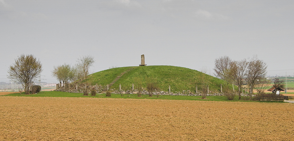 A reconstruction of the Hochdorf Chieftain's Grave.